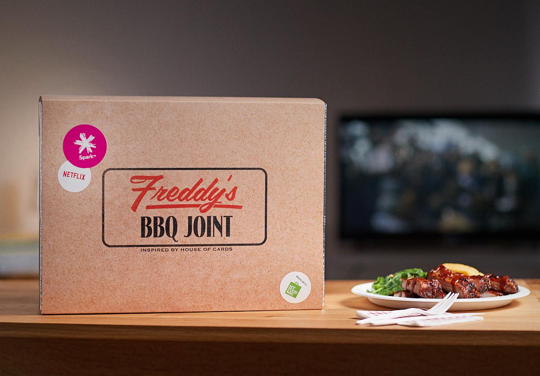 3.ECHOSpark_Netflix_Dinner box